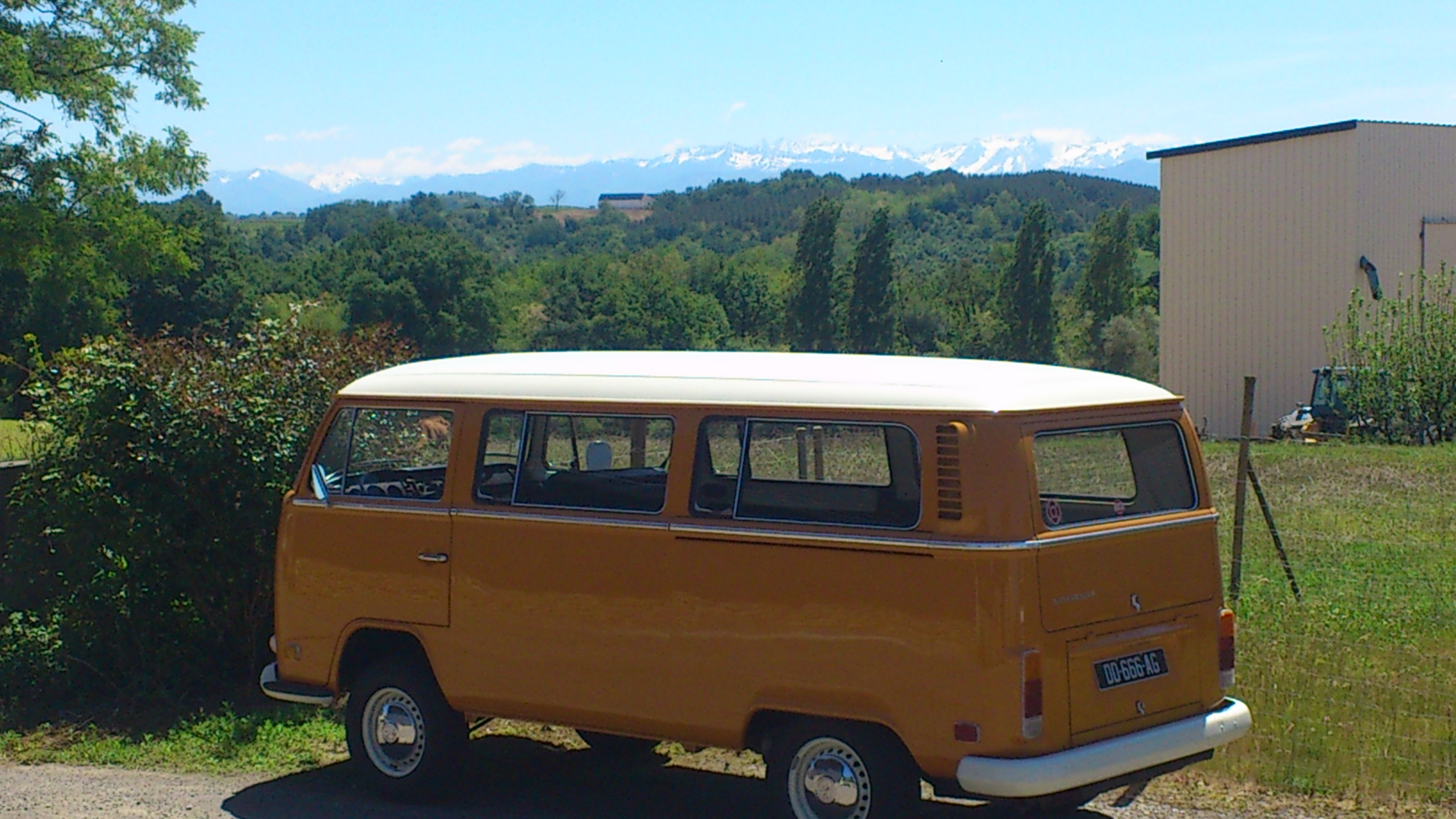 d d le diable combi minibus 9 places 1972 ici l. Black Bedroom Furniture Sets. Home Design Ideas